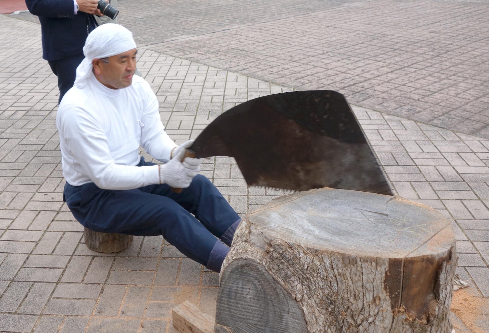 秩父の杣人が未来につなげる木挽きの技と心